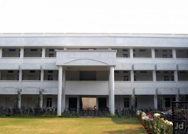 G N National Public School